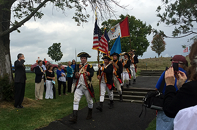 2nd Continental Artillery members bringing in the colors to begin the ceremony